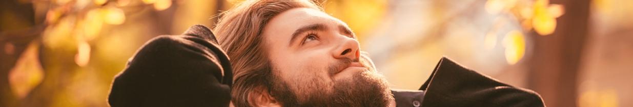 les meilleurs produits de soin de barbe pour la saison d 39 automne. Black Bedroom Furniture Sets. Home Design Ideas